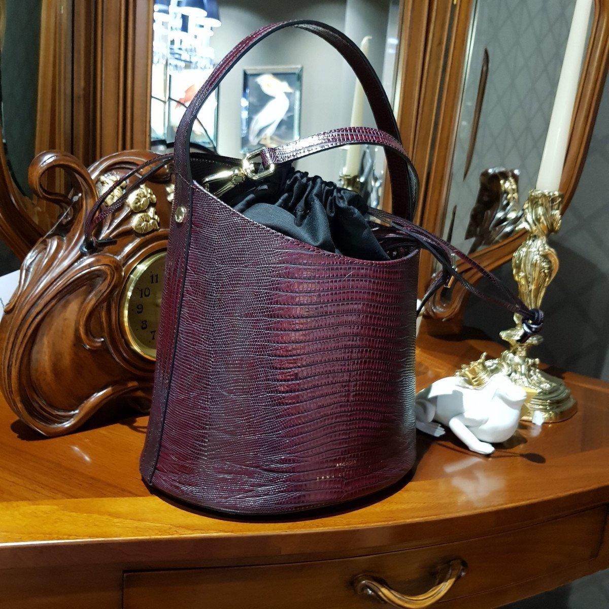 Итальянская женская сумка Arcadia 4773 tex rubino из натуральной кожи