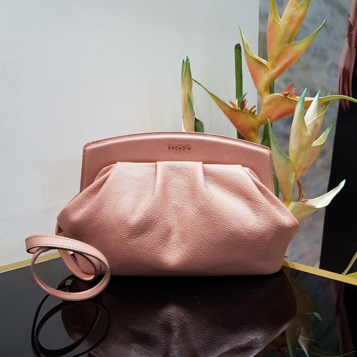 Итальянская женская сумка Arcadia 8999 will nude из натуральной кожи