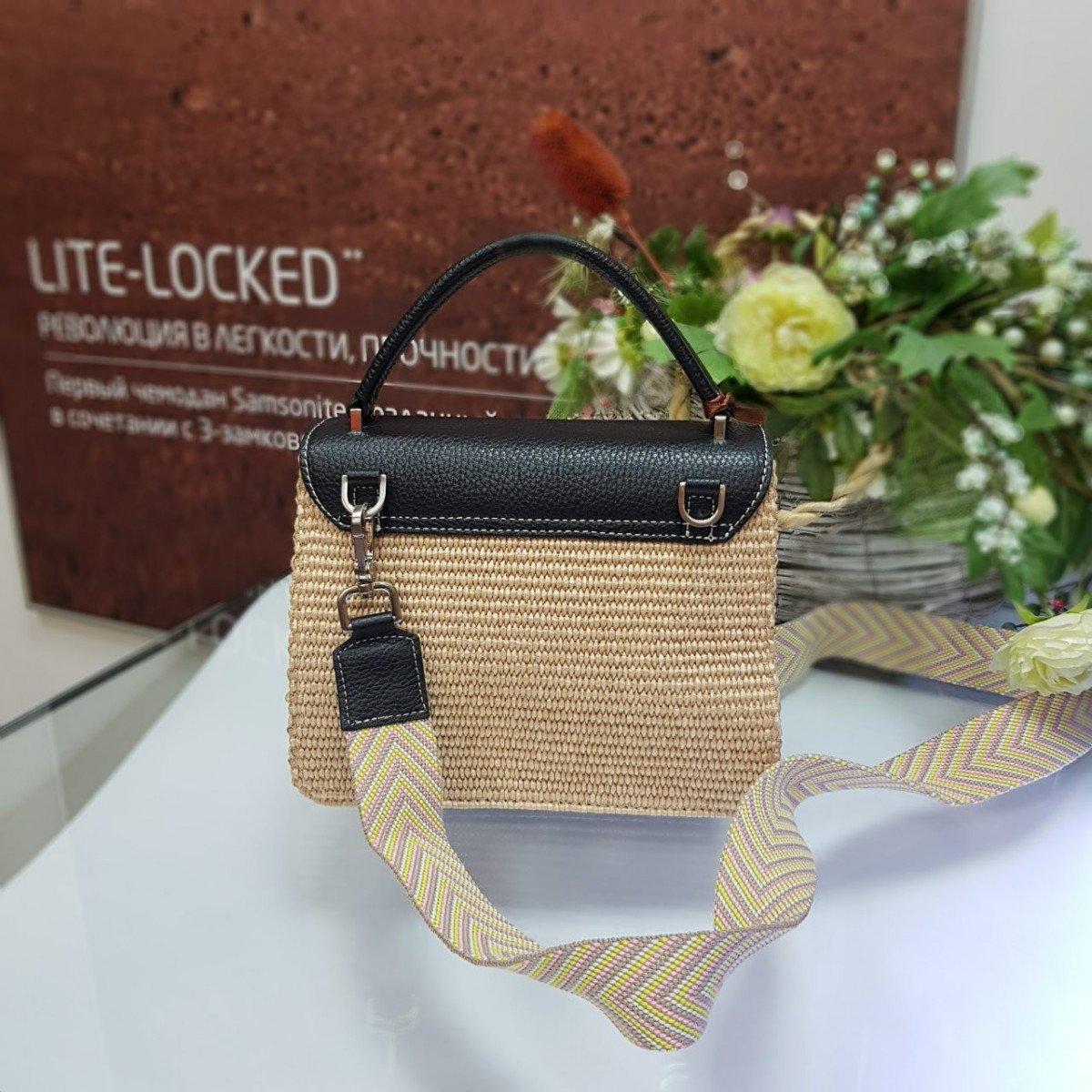 Женская кожаная сумка Arcadia 3018PA mir pa nero nat из натуральной кожи
