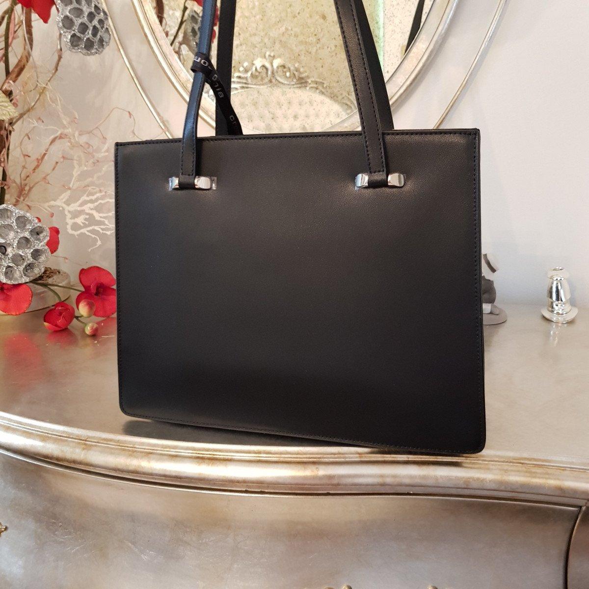 Женская кожаная сумка Cromia 1404731 NERO из натуральной кожи
