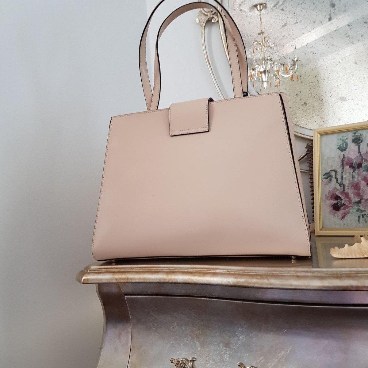 Женская кожаная сумка Cromia 1404560 NUDE из натуральной кожи