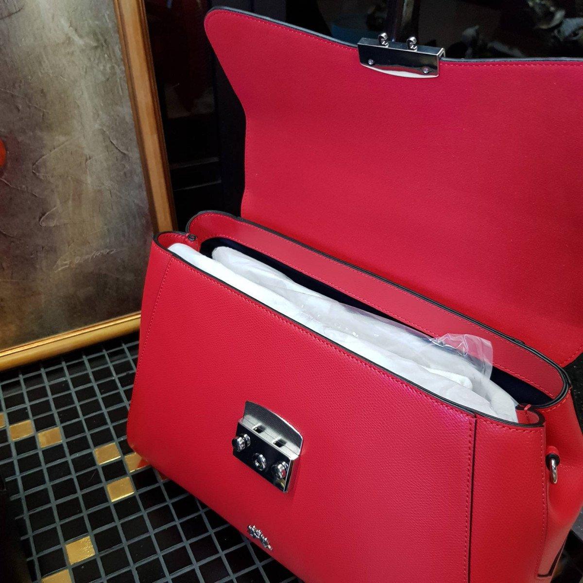 Кожаная женская сумка LA Martina 41W405 P0005 true red из натуральной кожи из натуральной кожи