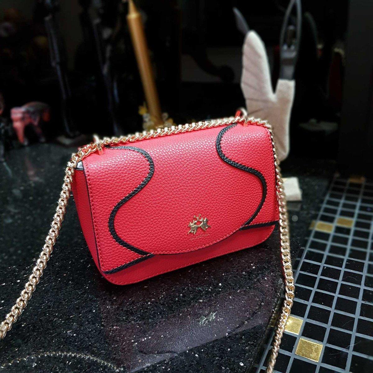 Кожаная женская сумка LA Martina 41W413 P0004 true red из натуральной кожи из натуральной кожи