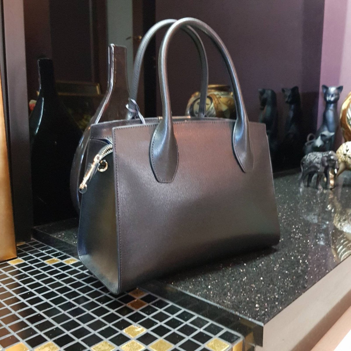 Кожаная женская сумка LA Martina 41W419 P0041 black/acc из натуральной кожи из натуральной кожи