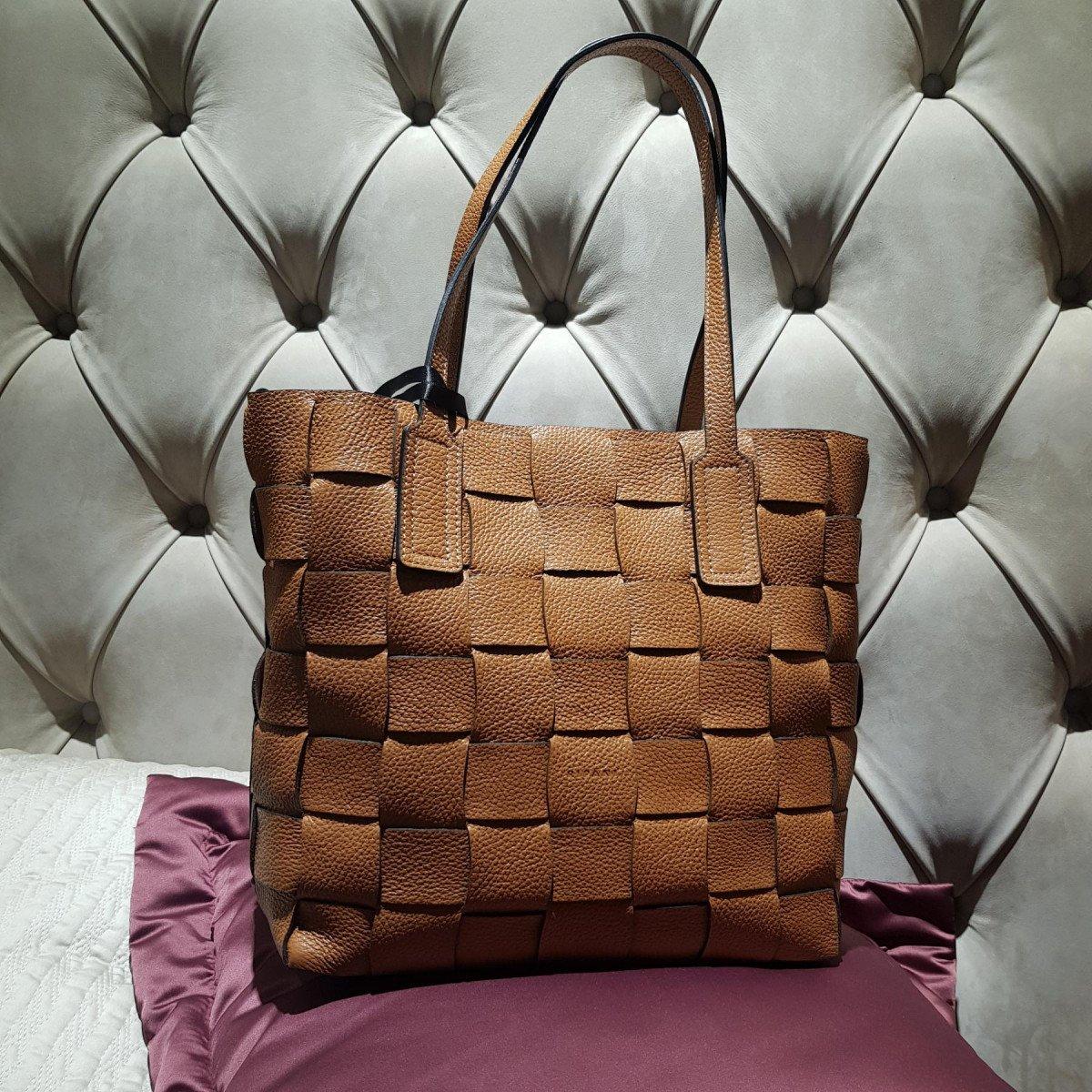 Женская кожаная сумка Ripani 2616OA Biscotto из натуральной кожи