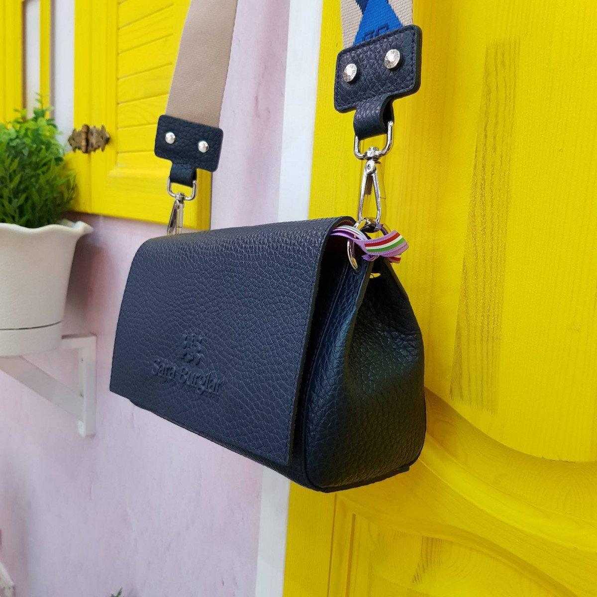 Женская кожаная сумка Sara Burglar A0S0Q344 blu из натуральной кожи