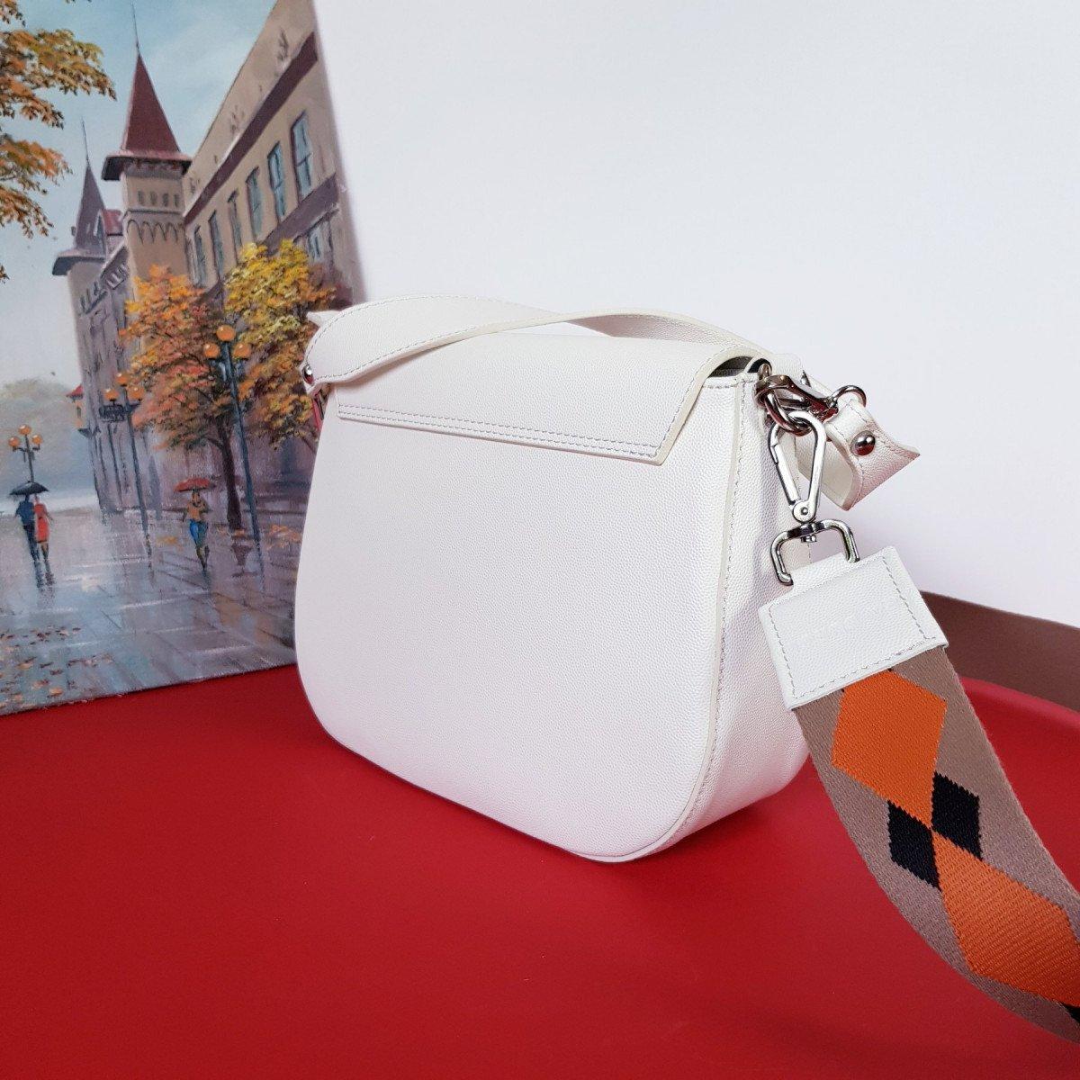 Женская кожаная сумка Sara Burglar A0S0U590 BIANCO из натуральной кожи