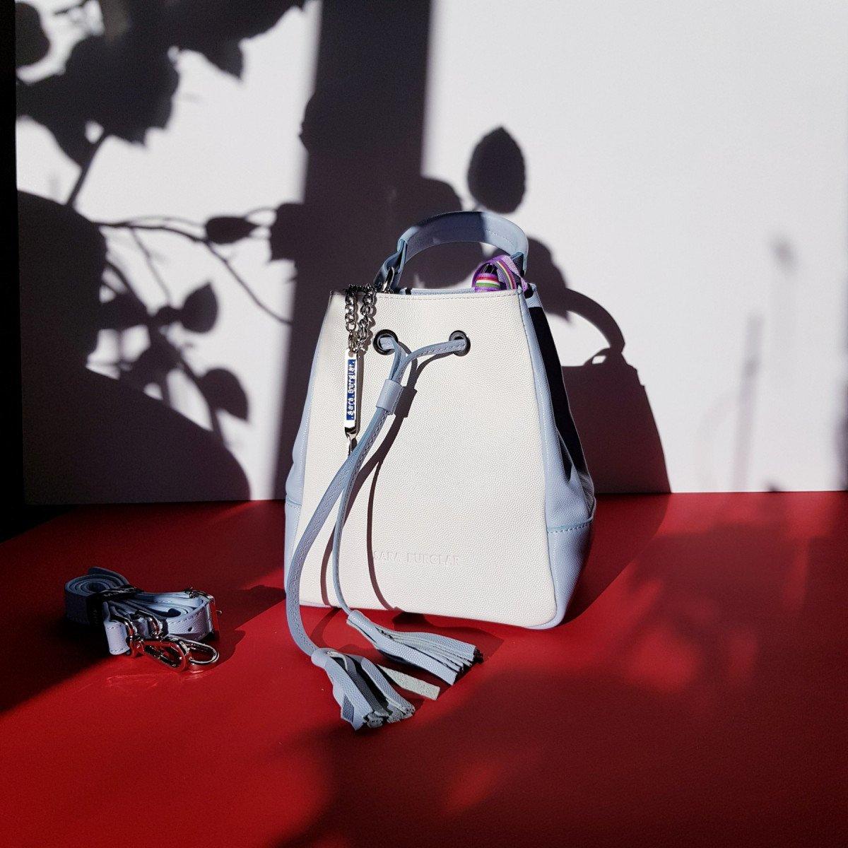 Женская кожаная сумка Sara Burglar A0S0U720 BEIGE/CIELO из натуральной кожи