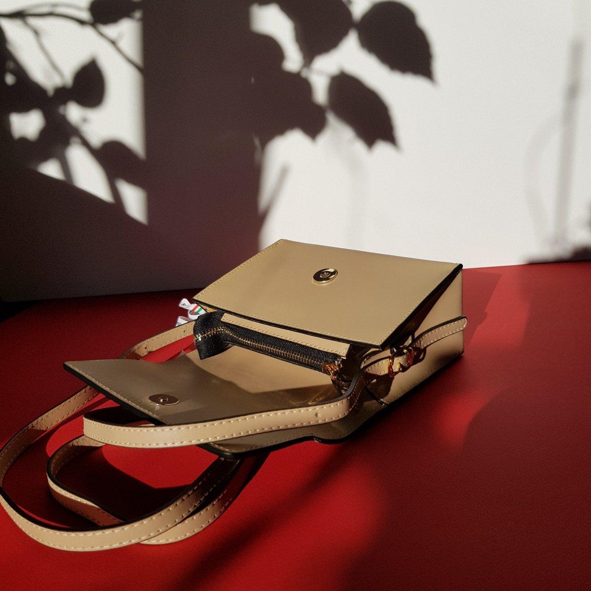 Женская кожаная сумка Sara Burglar A0S9J581 NERO из натуральной кожи