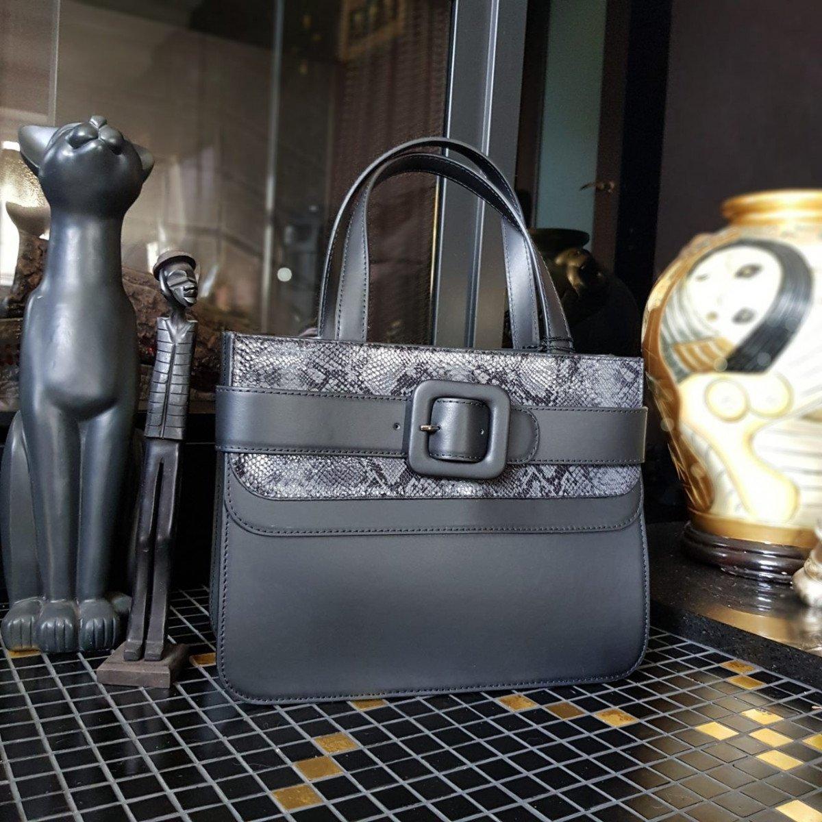 Женская кожаная сумка Tosca Blu TF19MB123 black pyton из натуральной кожи