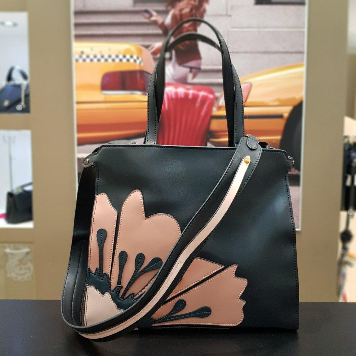 Женская кожаная сумка Tosca Blu TF19PB311 black powder из натуральной кожи