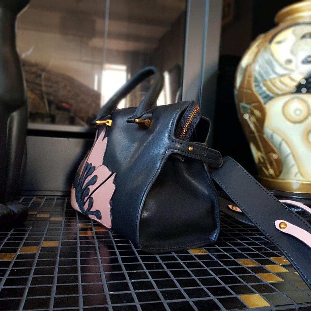 Женская кожаная сумка Tosca Blu TF19PB313 black powder из натуральной кожи