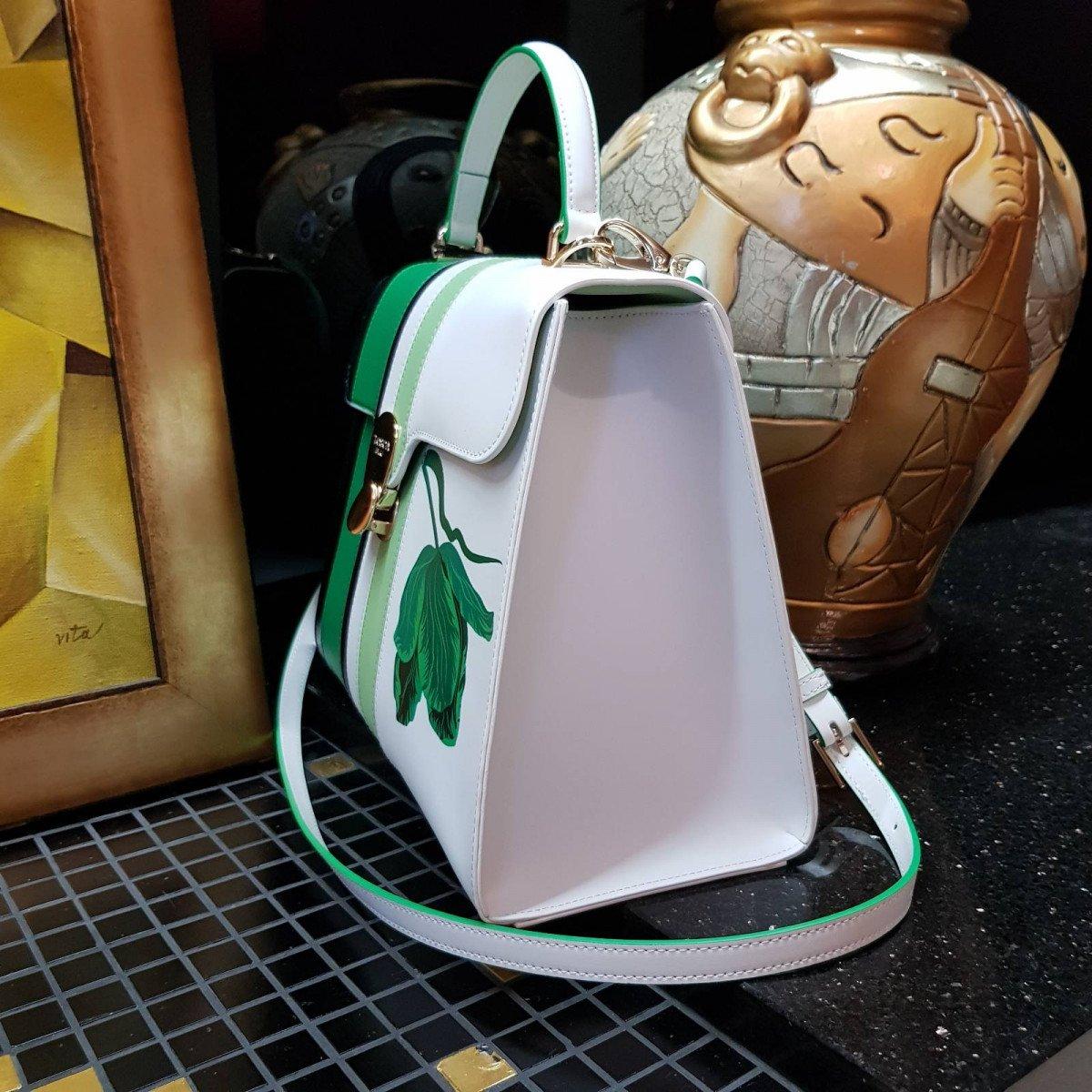 Кожаная женская сумка Tosca Blu TS2014B31 green из натуральной кожи