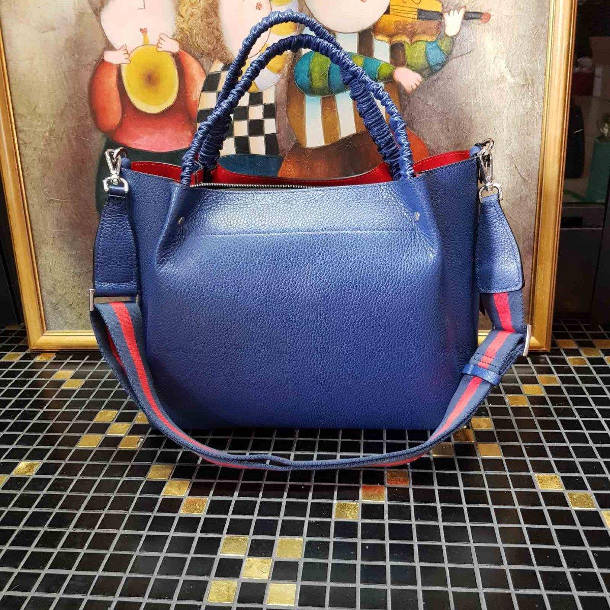 Кожаная женская сумка Tosca Blu TS20NB120 blue из натуральной кожи