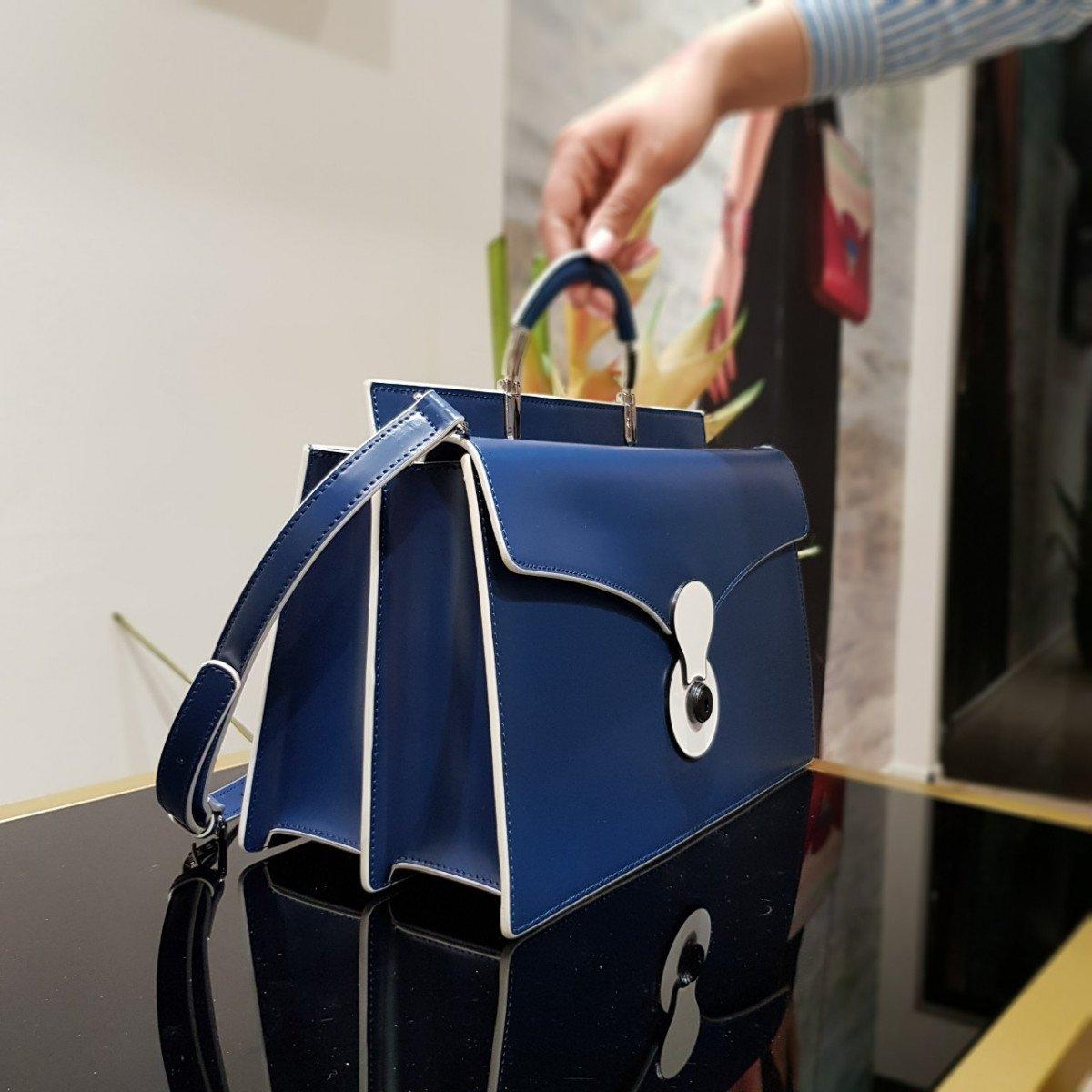Женская кожаная сумка Tosca Blu TS19RB370 blue из натуральной кожи