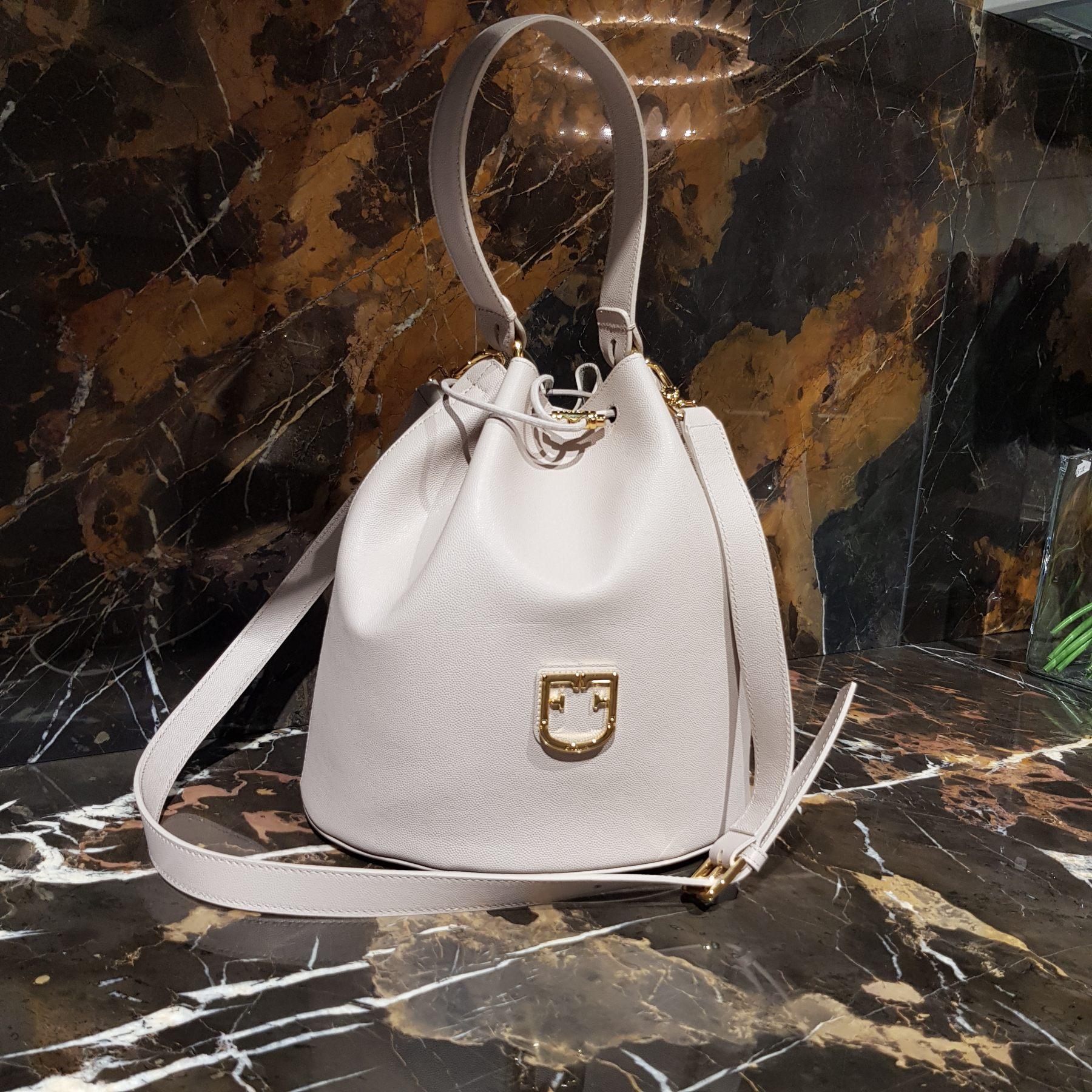 Брендовая женская кожаная сумка торба (фото 1)