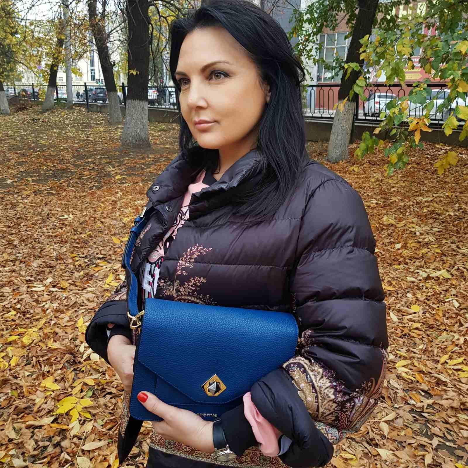 женские кожаные сумки - незаменимый аксессуар